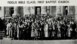 Fidelis Bible Class of First Baptist Church in Waco, Texas.  Courtesy of The Texas Collection, Baylor University