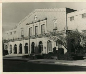 Rena Marrs McLean Physical Education Building (Courtesy of the Texas Collection)