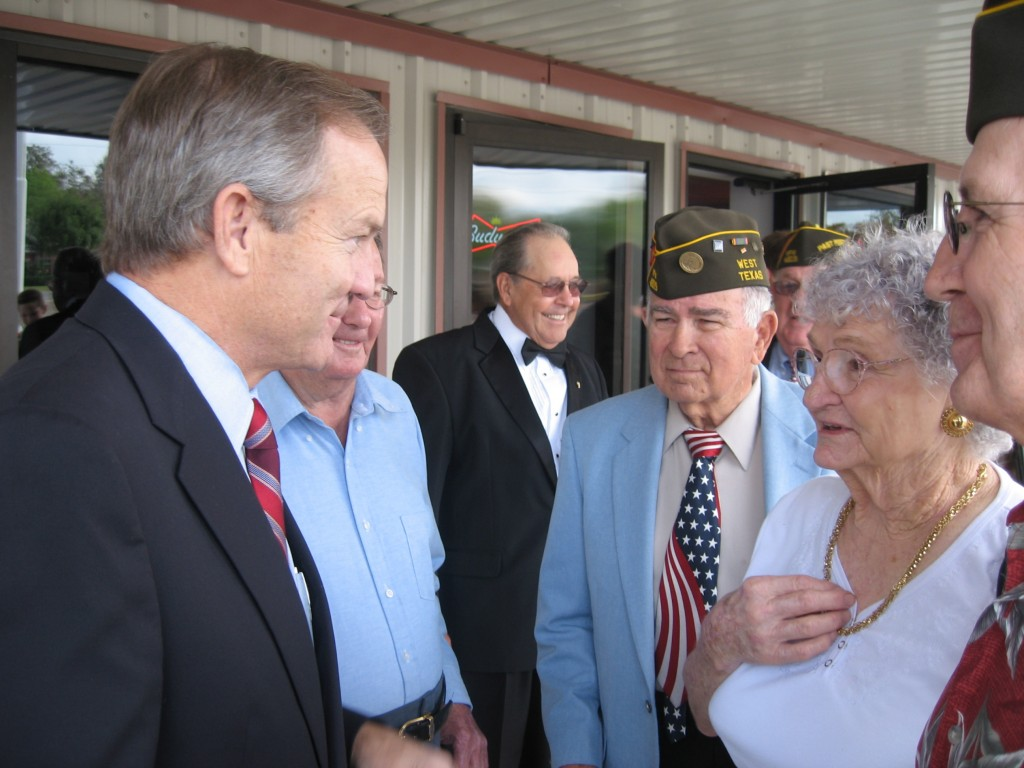 Congressman Edwards speaking with a group of veterans and their families at the West, Texas VFW post dedication.