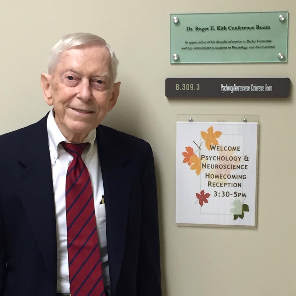 Room in Baylor Sciences Building dedicated in honor of Master Teacher Dr. Roger Kirk