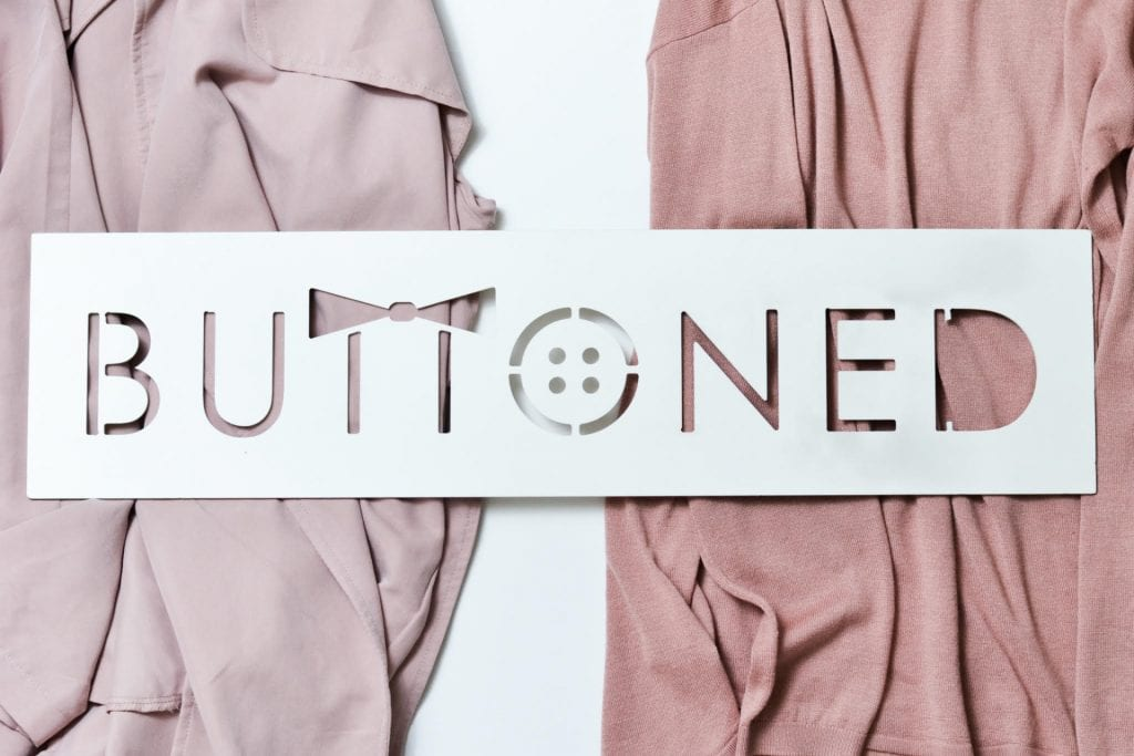 Buttoned Bears highlight campus fashions