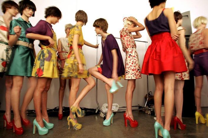 Modellista Abbigliamento Leggero Donna