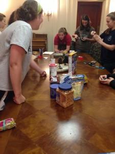 Photo Credit: Allison Albitz Students make trail mix and bird feeders
