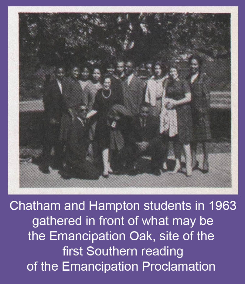 Chatham and Hampton students gathered in front of what may be the Emancipation Oak