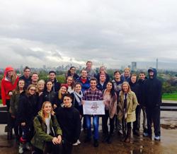 iCHS London students explore Primrose hill during their British Life and Cultures class.