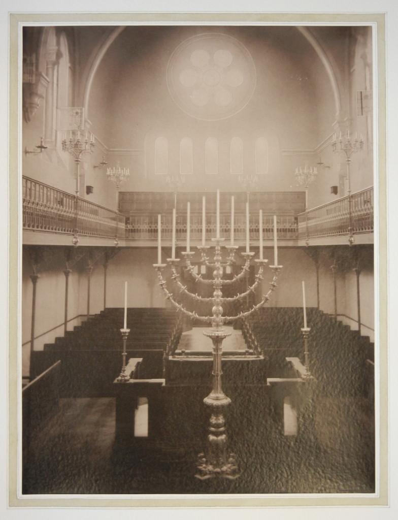 Versailles Synagogue interior 2