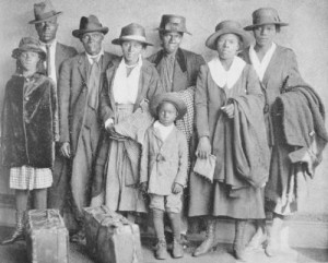 Black Family Arrives in Chicago from the South, ca. 1919. Image courtesy of blackpast.org