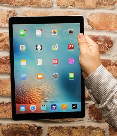 REVIEW: Apple's iPad Pro and the Apple Pencil