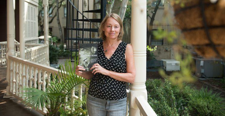 Professor Susan Farrell Publishes New Book on American War Literature