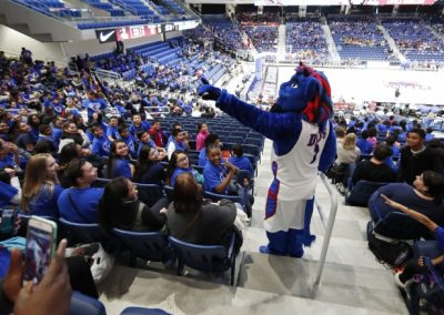 CPS Students Join Dibs to Cheer on DePaul at Wintrust