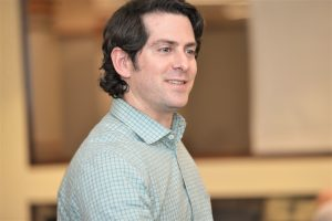 Jason Jacobsohn (MBA '02), director of the Founder Institute's Chicago chapter