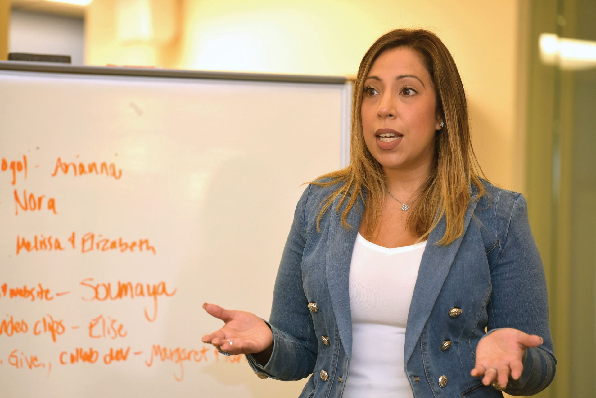 WEI committee member Diana Rodriguez led a session on company culture