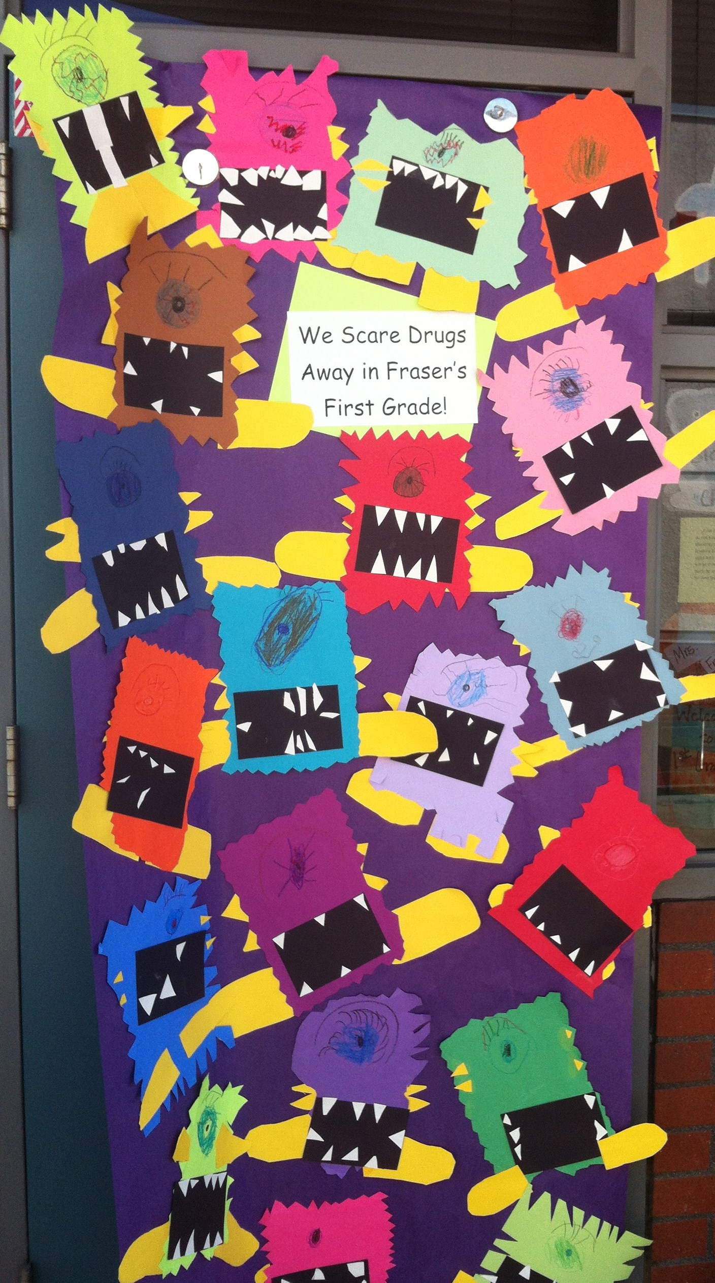 Christmas door decorating contest ideas office - Focused On Saying No To Drugs Our Classes Worked Hard To Make Door
