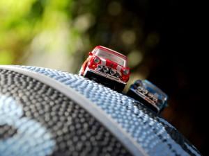 miniature-model-cars-macro_26205_990x742