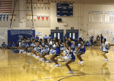 Cheerleaders perform for incoming freshmen!
