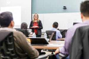 Clinical Professor Kim Saxton teaches a course for Evening MBA students.
