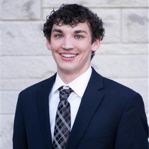 Photograph of Kyle Tackett, 3-2 MBA Class of 2022