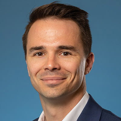 Dr. Christopher Munn