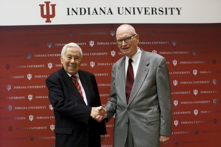 Richard G. Lugar, left, and Lee H. Hamilton, right
