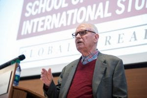 Lee Hamilton addresses Direct Admit Scholars