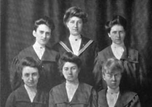 1906 Class Team. Arbutus 1906