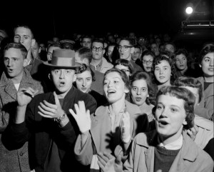 Crowd cheering at Purdue Celebration, 1958. Courtesy of IU Archives Photograph Collection, P0052084.