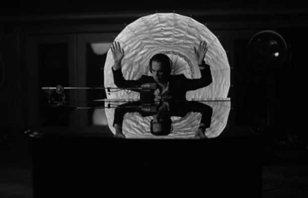 Nick Cave in One More Time with Feeling
