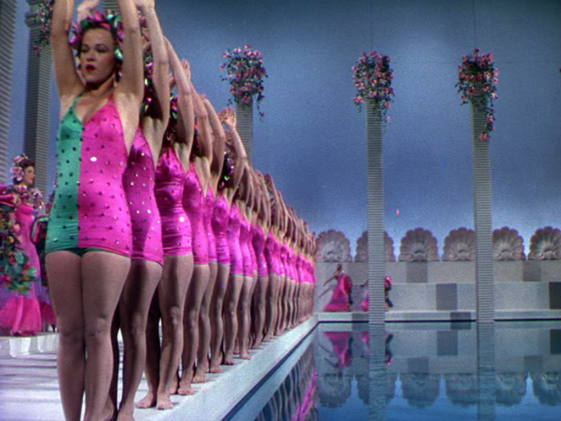 Synchronized sequence in Bathing Beauty