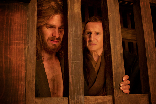 Ferreira (Andrew Garfield) and Rodrigues (Liam Neeson) in Silence