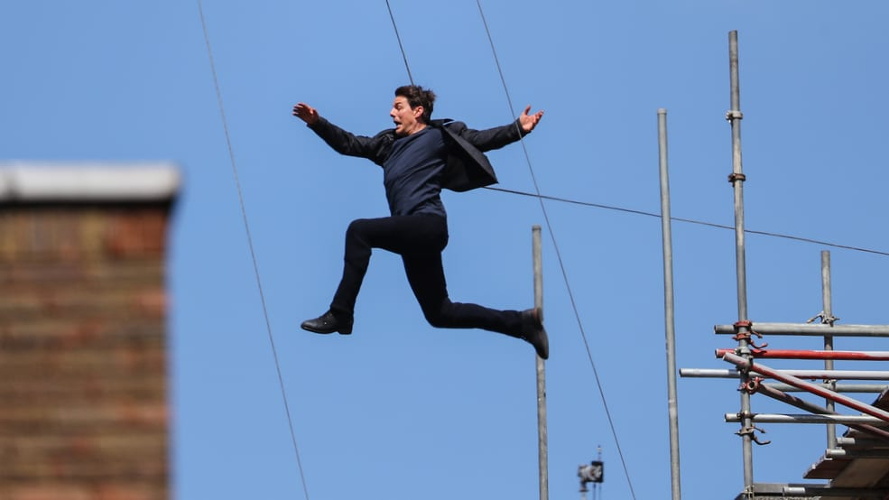 Tom Cruise doing a stunt