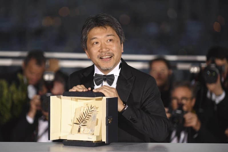 Hirokazu Kore-eda with the Palme d'Or he won for Shoplifters (2018)