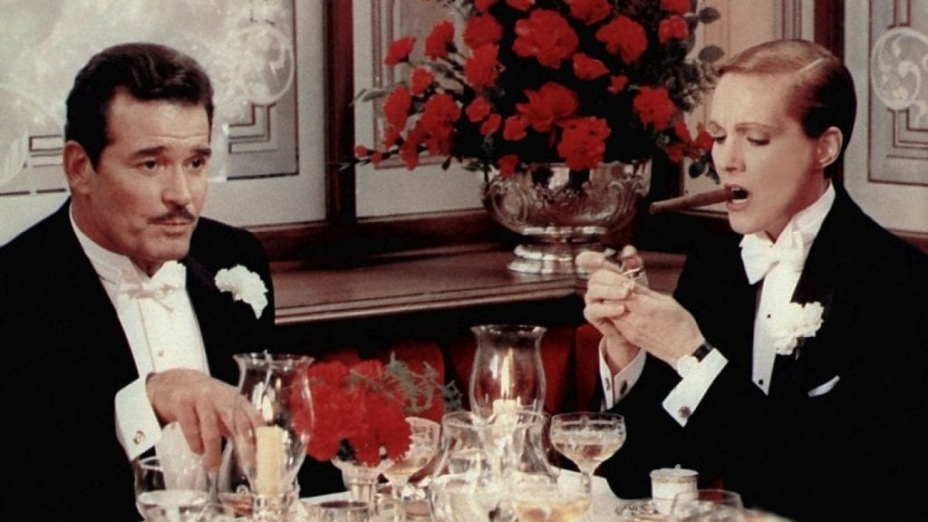 Garner and Andrews in Victor/Victoria