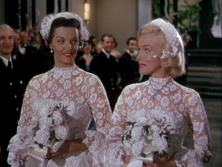 Russell and Monroe in Gentlemen Prefer Blondes