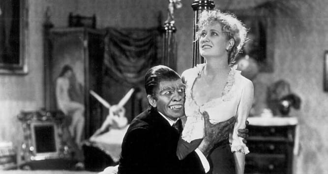 Hyde (March) accosting Ivy (Miriam Hopkins) in the '31 version.