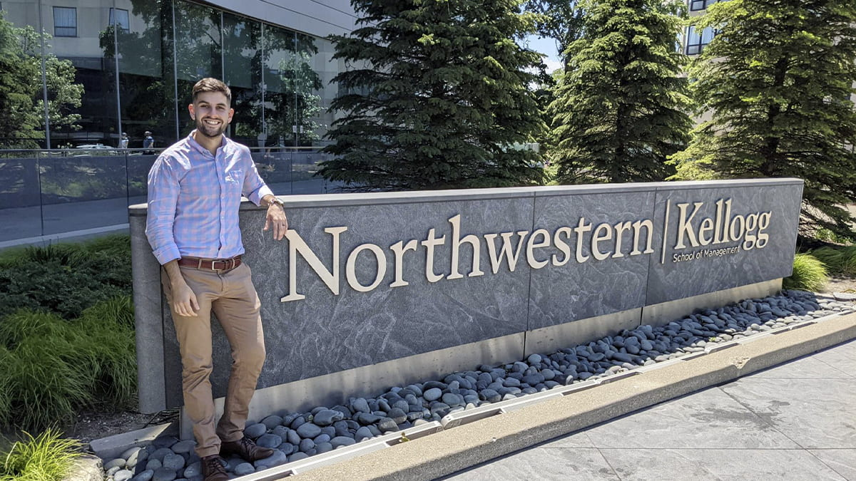 In this series featuring the Class of 2021, (2Y 2021) Julian Ordman reflects on his Kellogg MBA experience.