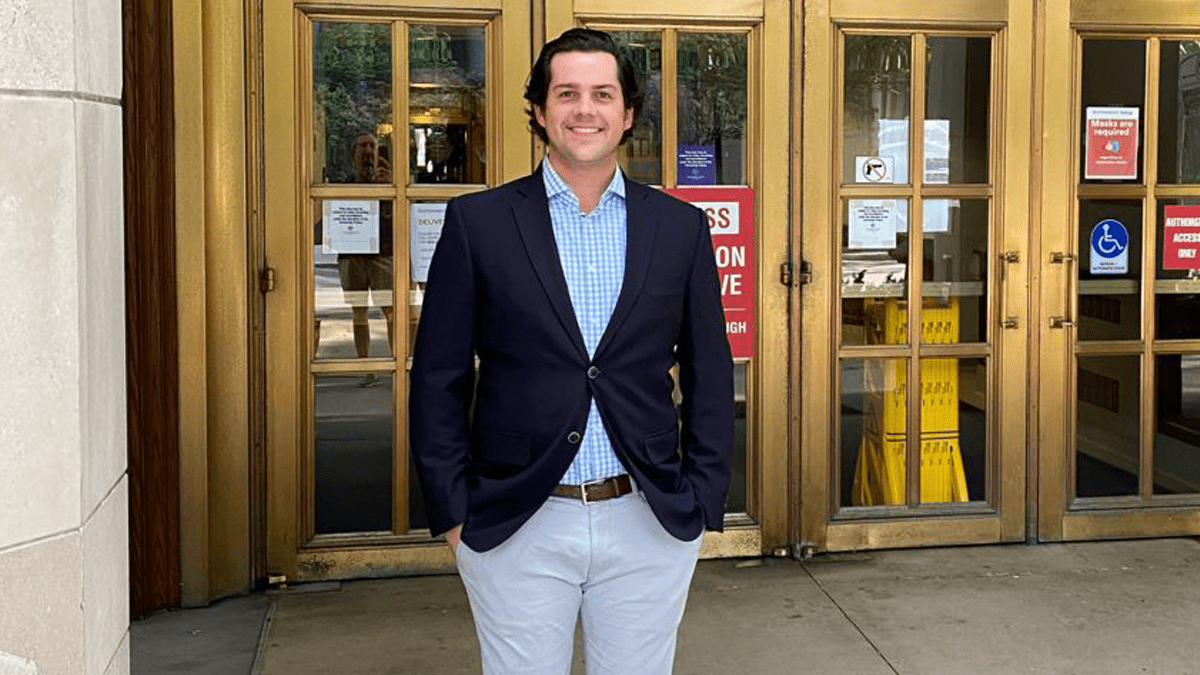 In this series, Kyle Shanklin (E&W 2023) discusses his background, why he came to Kellogg and what he's looking forward to most this Fall Quarter.