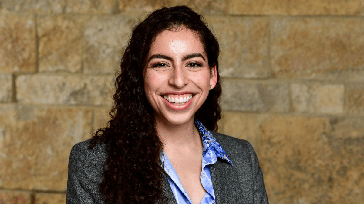 In this series, Paulina Enrríquez (2Y 2023) discusses her background, why she came to Kellogg and what she's looking forward to most this Fall Quarter.