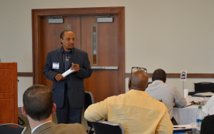 Dr. Washington speaks to a mentors of the HAAMI Program.
