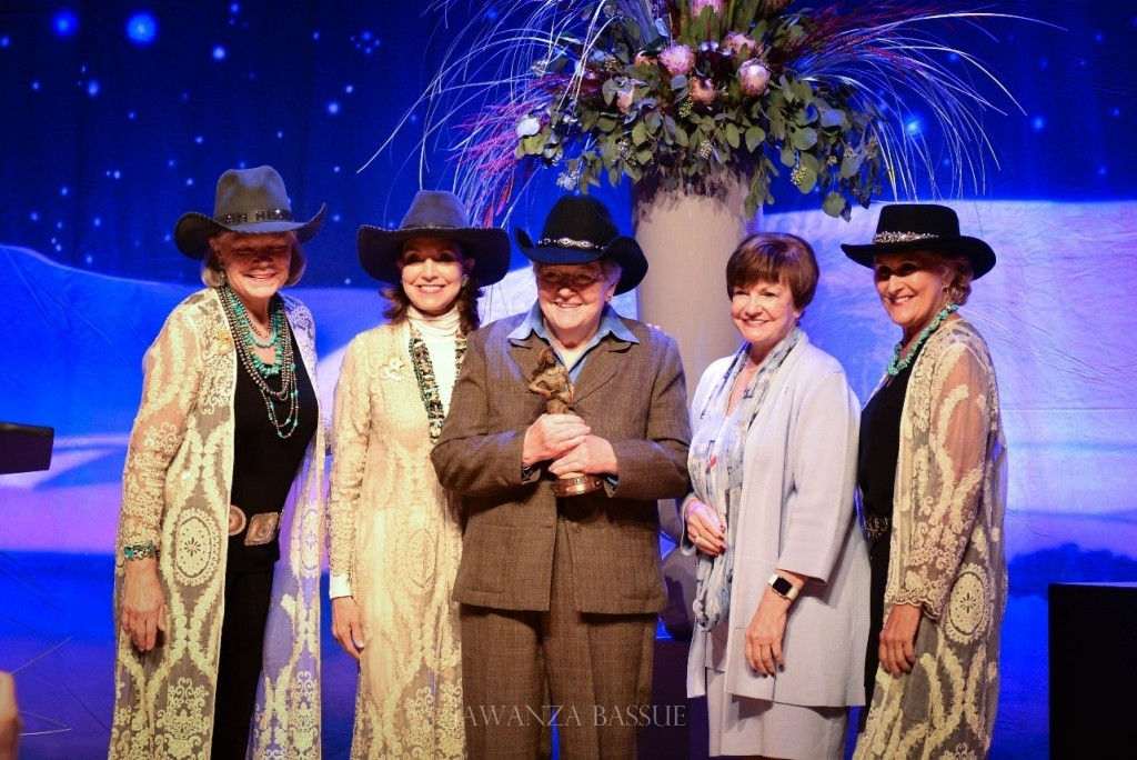 donna-shirley-annie-oakley-award