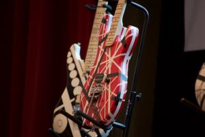 VHR_guitar