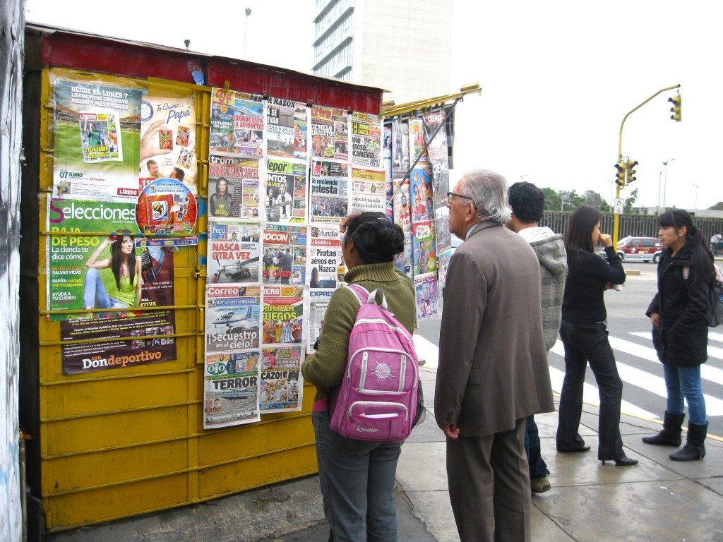 I like to spend time around the newsstands in other countries and observe people's reaction to the headlines and watch them interact with others around news. Based on my observations, I've noticed that news is very important to many countries, Peru being one of them.