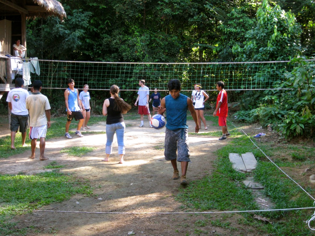 Then, we played team USA (5 OU women & 1 man) vs. Peru (6 Refugio Amazonas staff) volleyball in the blazing heat. USA won four games in a row in flip-flops and barefoot. People here are so fun and nice!