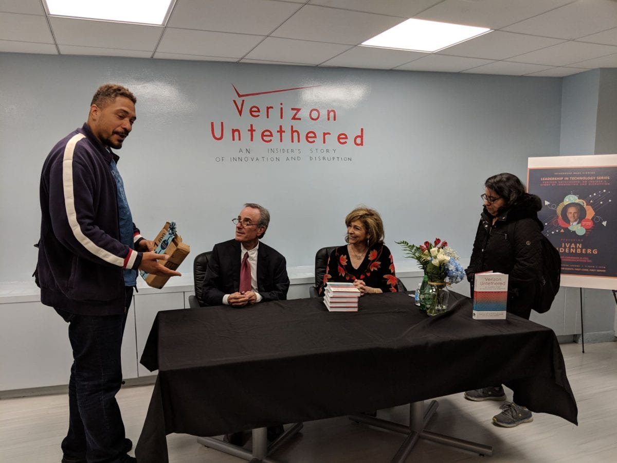 Ivan Seidenberg visits Pace University to meet students and sign new book Verizon Untethered
