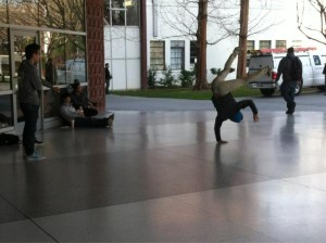 SJSU break dancers