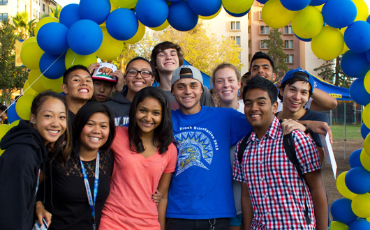 Fall 2013 Frosh and Transfer Applications Surge