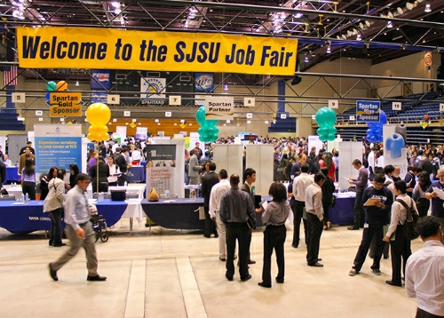 EXPO 2013 Job/Internship Fair Hits Capacity
