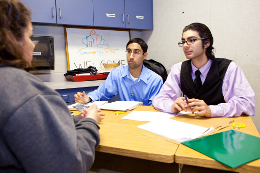 Students speaking with an RCP client.