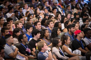 Freshmen attend orientation to learn about SJSU.