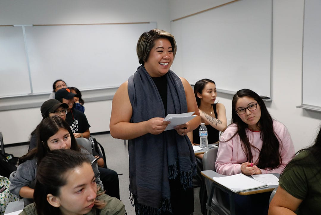 vonne Kwan teaches in Clark Hall on Wednesday, Aug. 22, 2018. (Photo: Jim Gensheimer)