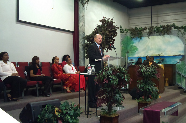 Interim President Don Kassing speaking to the congregation at Maranatha Christian Center.